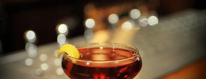 The Long Island Bar is one of Bars to Try.