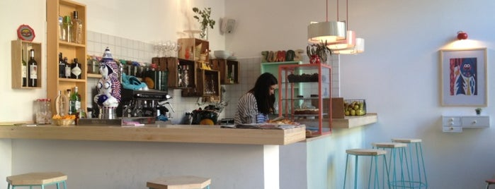 Café Cometa is one of BCN new.