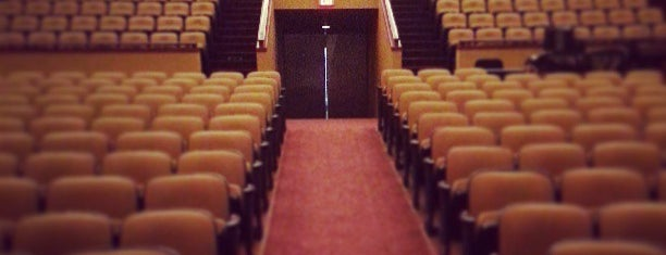 Lisner Auditorium is one of Bryan 님이 좋아한 장소.