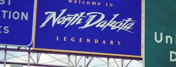 Minnesota / North Dakota State Line is one of Tempat yang Disukai Randee.