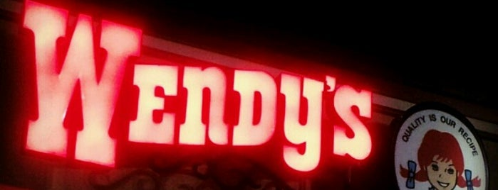 Wendy's is one of Lugares favoritos de Staci.