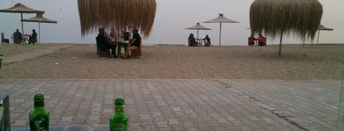 Pompeipolis Plajı is one of สถานที่ที่ Ilyas ถูกใจ.