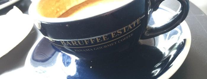 George Coffee is one of Orte, die Steffen gefallen.