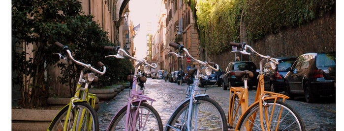Locais curtidos por Roma rent bike