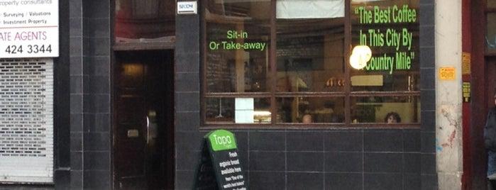 Tapa Coffeehouse is one of Lieux qui ont plu à Jonathon.