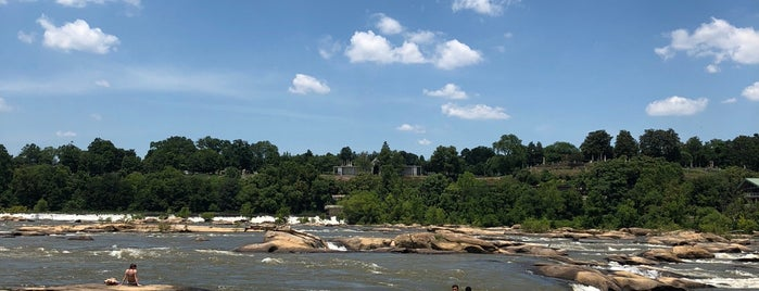 The Rocks At Hollywood Rapids is one of Places.