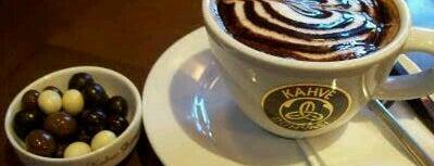 Kahve Dünyası is one of Lieux qui ont plu à Berat Yusuf.