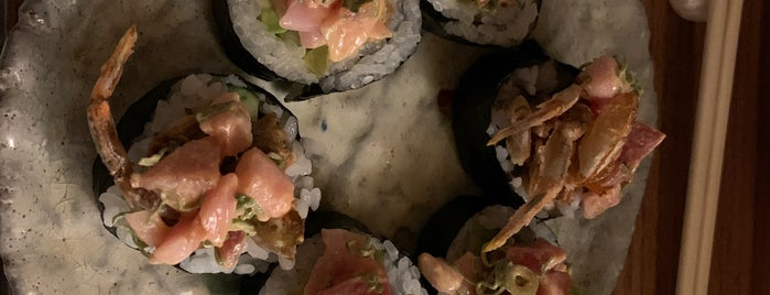 Madai Sushi is one of Restaurantes.