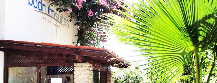 Bodrum Suites is one of Tempat yang Disukai mojobeton.