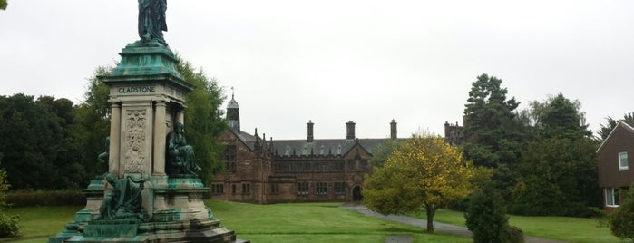 Gladstone's Library is one of David 님이 저장한 장소.