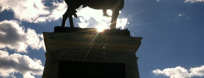 Ulysses S. Grant Memorial is one of DC Monuments Run.