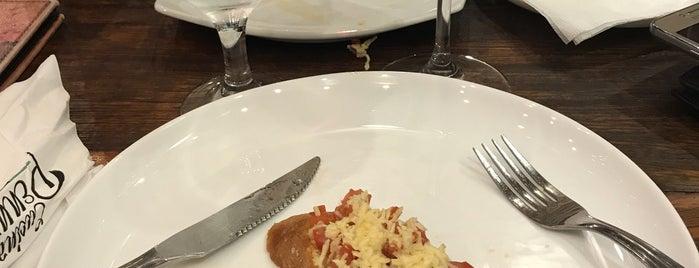 Cucina Penna is one of Giselle : понравившиеся места.