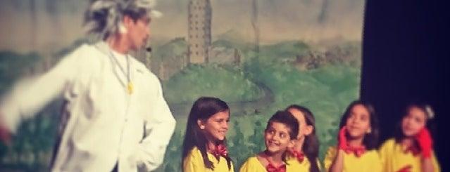 Miudinhos Centro de Educação Infantil is one of Dade'nin Beğendiği Mekanlar.
