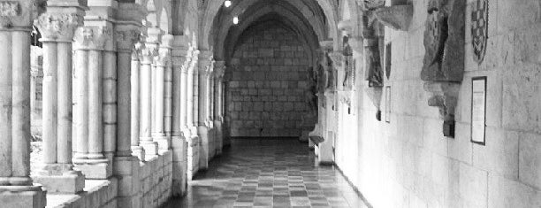 Spanish Monastery Cloisters is one of Locais salvos de Diego.