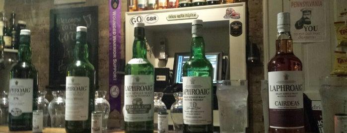 Garryowen Irish Pub is one of Locais curtidos por Richard.