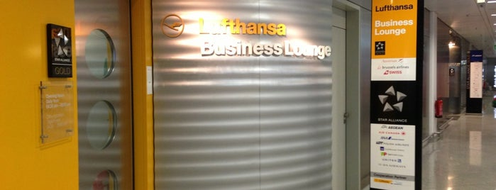 Lufthansa Business Lounge is one of Vangelis : понравившиеся места.