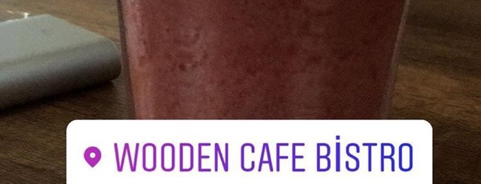 Wooden Cafe-Bistro is one of İstanbul 2.