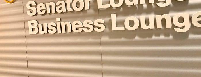 Lufthansa Business Lounge (Satellit Schengen) is one of Yves'in Beğendiği Mekanlar.