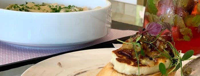 Sash Cafe is one of Lieux sauvegardés par Queen.
