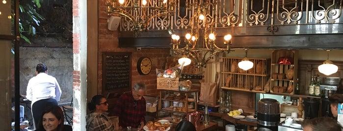 Panadería Rosetta is one of Locais curtidos por Vanessa.