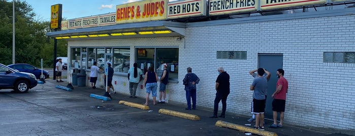 Gene's & Jude's is one of Chicago.