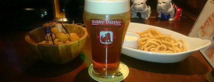 Bobby Dazzler Pub is one of Московский список.