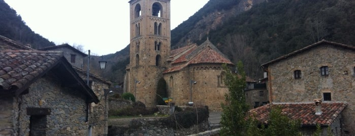 Beget is one of Castillos y pueblos medievales.
