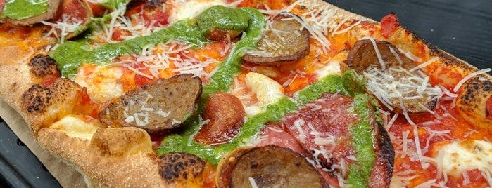 &pizza is one of สถานที่ที่ Hany ถูกใจ.
