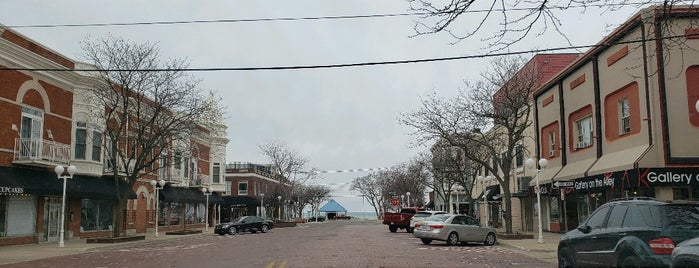 Downtown Saint Joseph is one of Michigan Places.