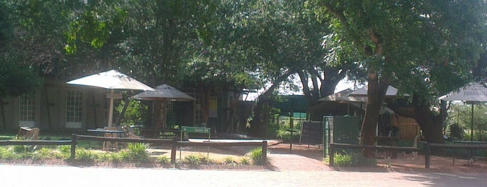The Park Shop, Crocodile Bridge Rest Camp, Kruger National Park is one of Locais curtidos por Dade.