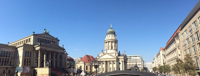 Gendarmenmarkt is one of Berlin to-do list.