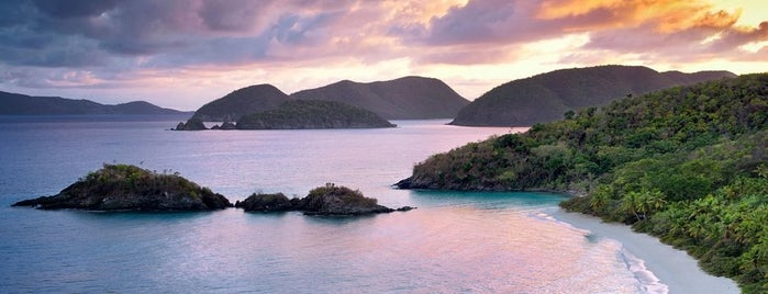 Trunk Bay is one of Lugares guardados de Mike.