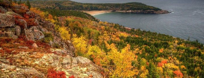 Parc national d'Acadia is one of The 10 Best Fall Hiking Trails in the U.S..