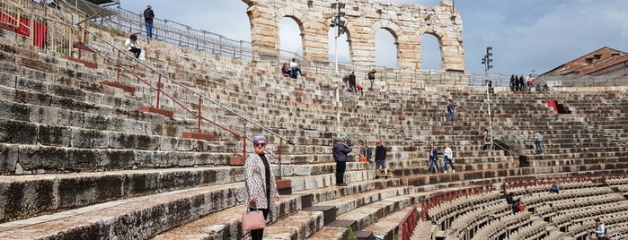 Arena di Verona is one of Beyhan'ın Beğendiği Mekanlar.