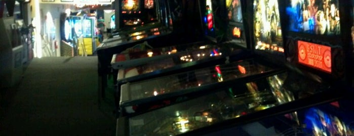 Pinballz Arcade is one of Pinball Destinations.