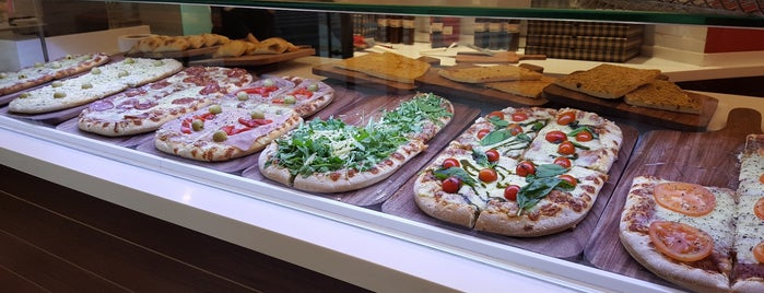 Pizza Alla Pala is one of A ver....