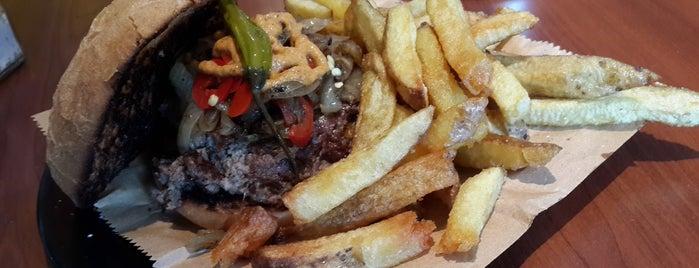 Tierra de Nadie is one of Top 12 Burgers in Buenos Aires.