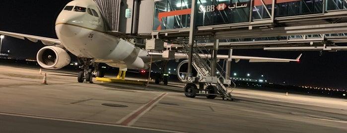 Terminal 1 is one of Tempat yang Disukai Foodie 🦅.
