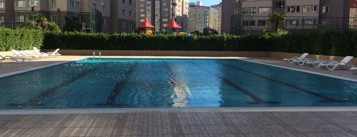 Elit Life Residence 🏡 is one of Locais curtidos por Yaşam Ve Moda Notlarım.