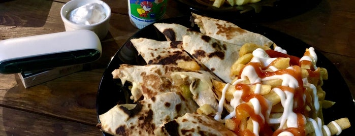 Hungrill Tex Mex Street Food is one of Orte, die Edje gefallen.