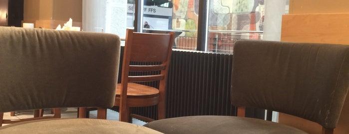 Starbucks is one of Orte, die Samuele gefallen.