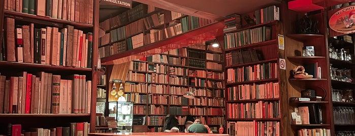 Libreria Berisio is one of Amalfi.