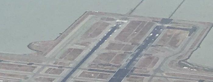 샌프란시스코 국제공항 (SFO) is one of Alex 님이 좋아한 장소.