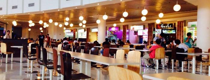 Food Court @ Crescent Mall is one of Posti che sono piaciuti a Hà Vũ.