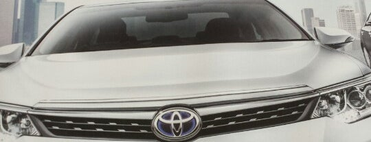 Toyota TTDI is one of Locais curtidos por Rahmat.
