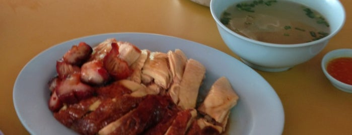 Boon's Chicken Rice is one of Kenneth's Liked Places.