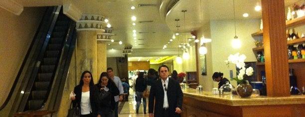 Senador Restaurante is one of Posti che sono piaciuti a Luis.