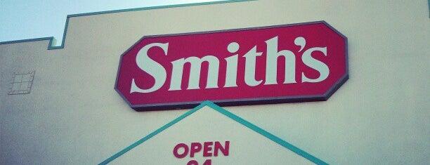 Smith's is one of สถานที่ที่ Jose ถูกใจ.