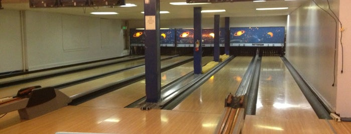 Patterson Bowling Center is one of Chris 님이 좋아한 장소.