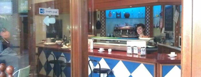 Café Zubialde is one of สถานที่ที่ Miguel ถูกใจ.